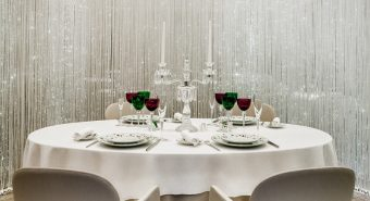 Alain_Ducasse_at_The_Dorchester_-_Table_Lumiere_Image