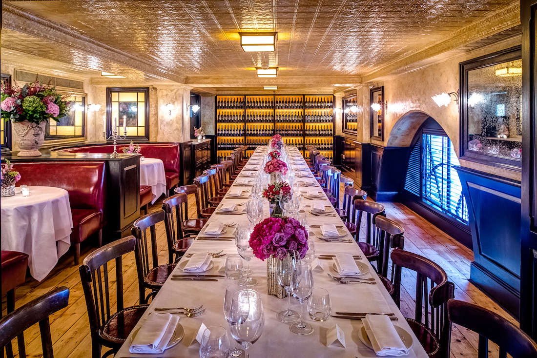 Luxury private dining rooms at balthazar for Best private dining rooms uk