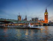 bateaux-london-private-dining-image-symphony-big-ben-in-background