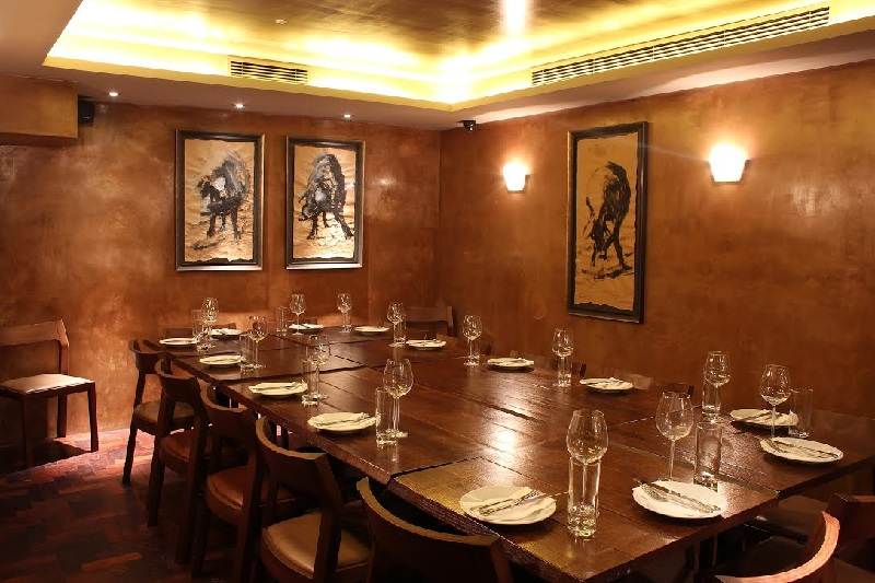 Luxury private dining rooms at ember yard for Restaurants with private dining rooms