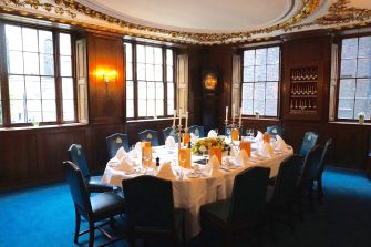 Herbert Berger At Innholders Hall The Old Court Room Oval Table Set For 14 Guests 1 335x223