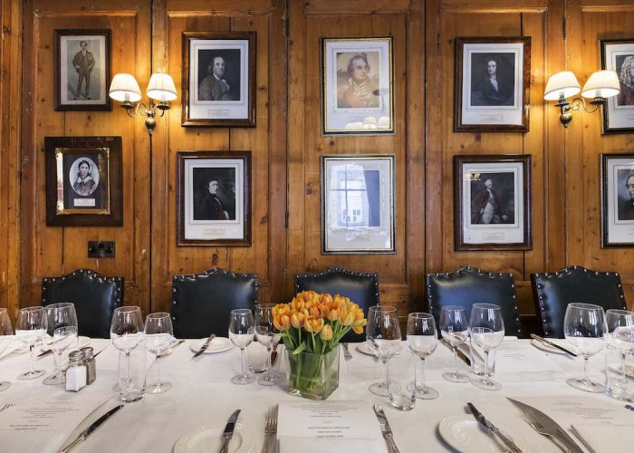 Luxury private dining rooms at the guinea grill mayfair for Best private dining rooms mayfair