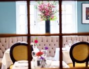 The Portman Pub Dining Room Restaurant Image