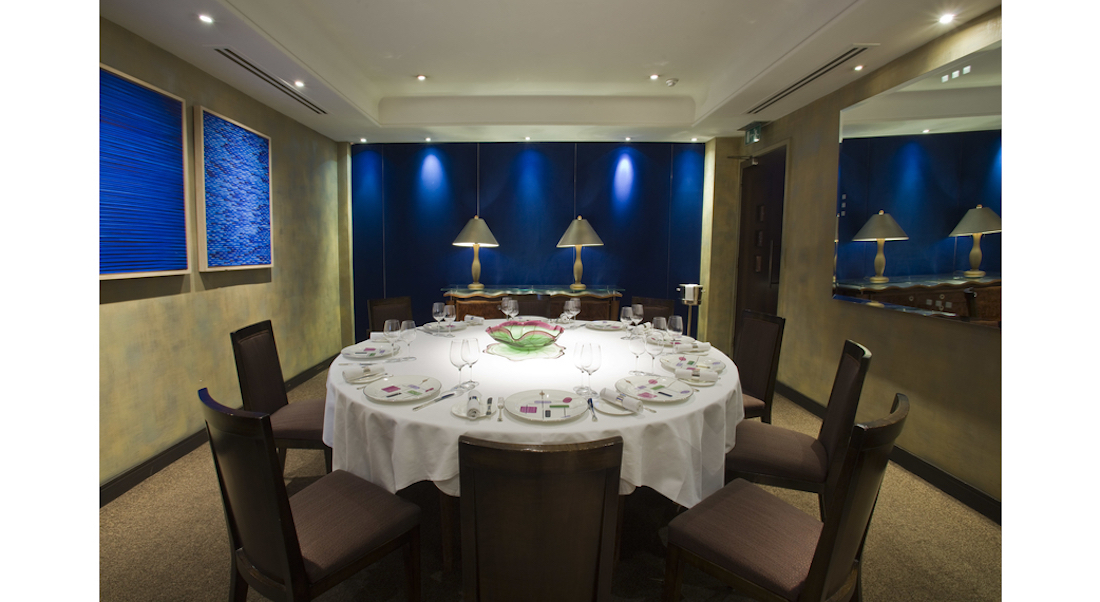 Luxury private dining rooms at the square for Best private dining rooms uk