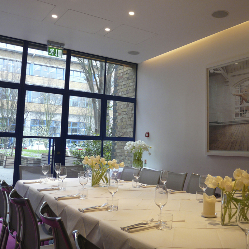 Luxury private dining rooms at the river cafe for Best private dining rooms uk