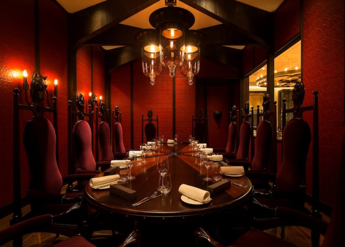 Luxury private dining rooms at dinner by heston blumenthal for Best private dining rooms uk