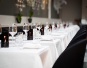 the-savannah-private-dining-room-table-close-up