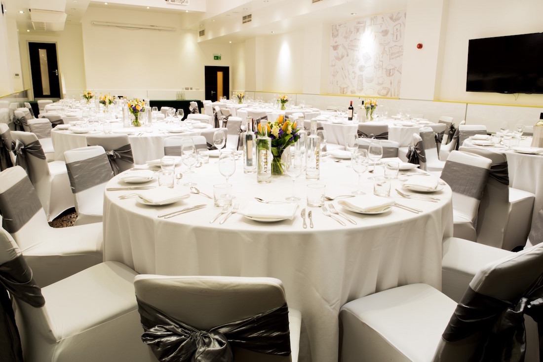 Luxury private dining rooms at the wesley for Best private dining rooms uk