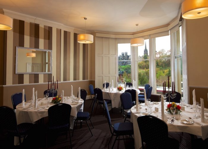 Luxury private dining rooms at royal over seas league for Best private dining rooms edinburgh