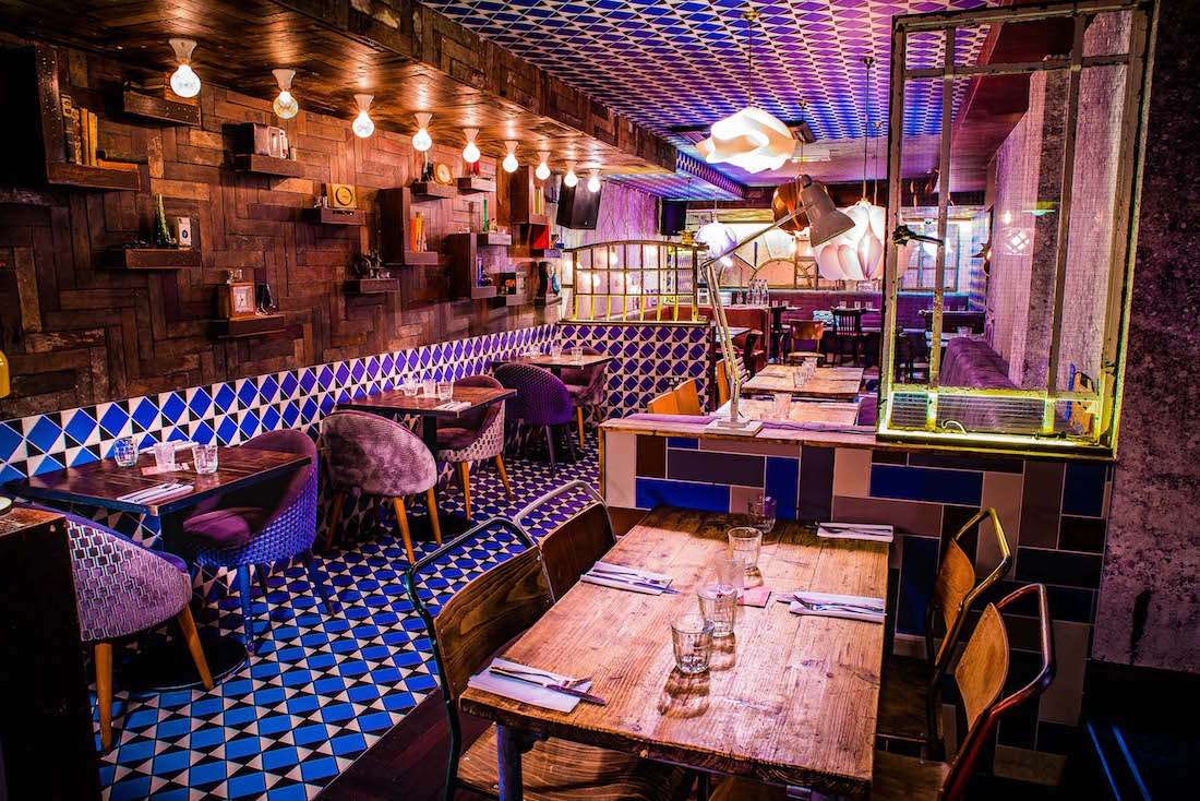 Image of seating and decor at Dirty Bones Kensington's private dining experience