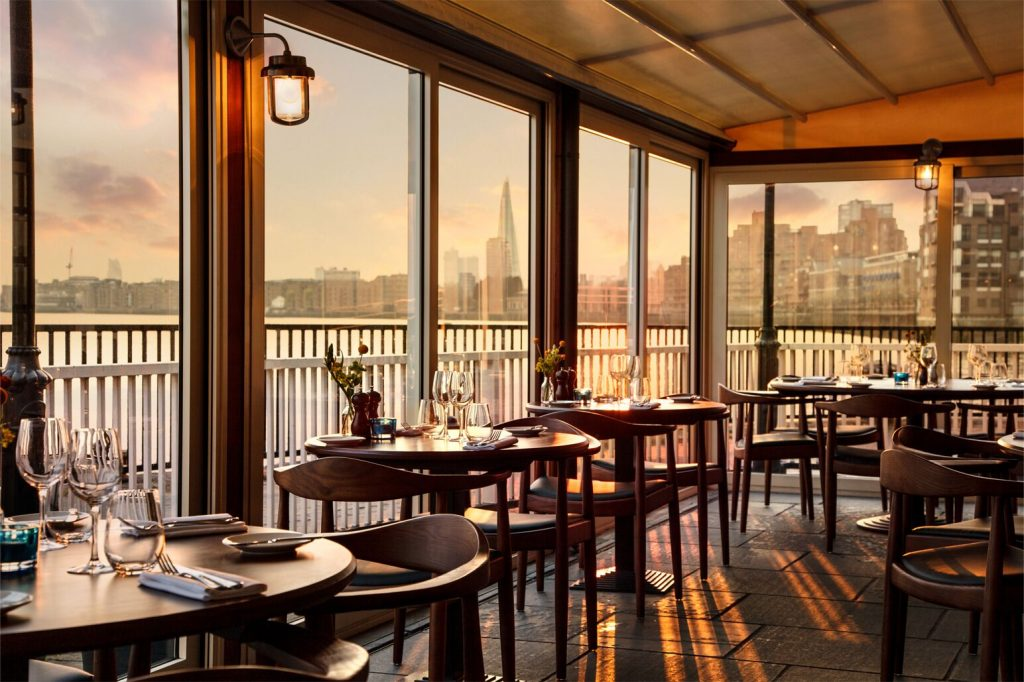 The Narrow Private Dining Room Image River View 1024x682